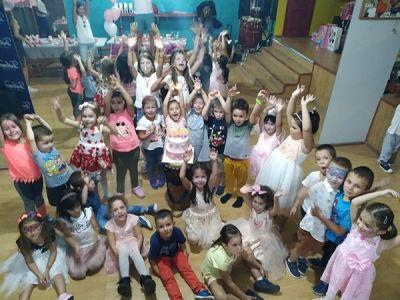 Детски рожден ден - Trifonov dance academy - Плевен